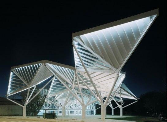 Park Pavilion, Spanyolország